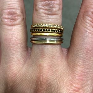 NEVER WORN, set of 5 rings (gold and silver)